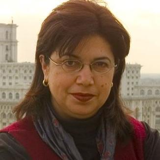 Dina Kyriakidou Contini Headshot
